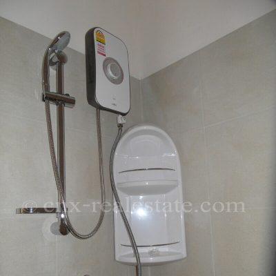 ห้องน้ำภายในอพาทเม้นท์ แม่โจ้